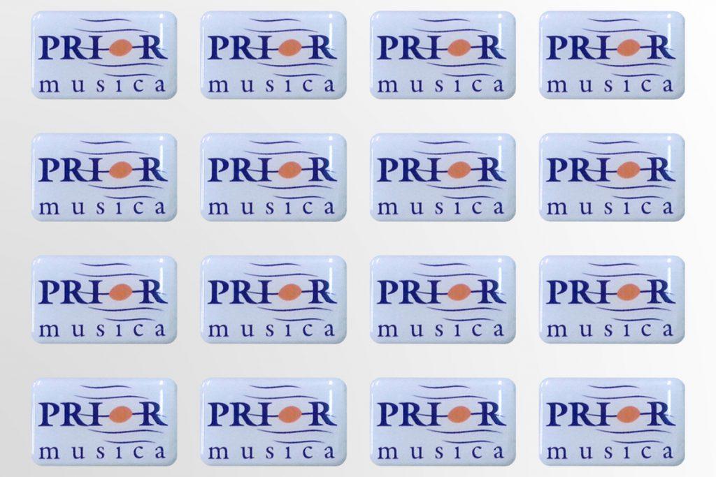 Polimeriniai-lipdukai-gamyba-Prior-Music-3D-lipdukai